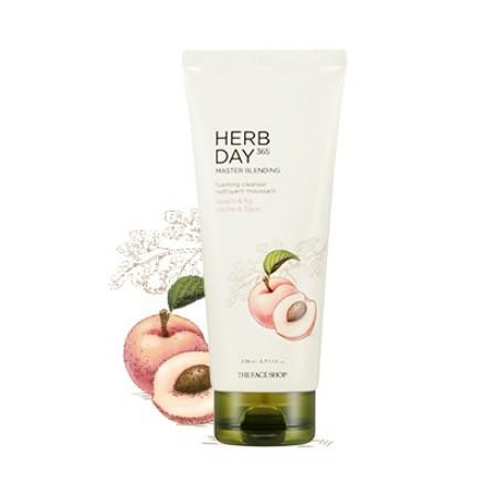 Sữa Rửa Mặt Đào & Quả Sung Herb Day 365 Master Blending Foaming Cleanser 170ml